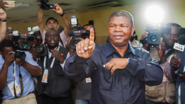MPLA anuncia vitória por maioria qualificada em Angola