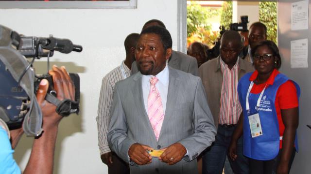 """UNITA está a disputar de forma """"renhida"""" vitória nas eleições com MPLA"""