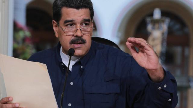 """Venezuela espera """"boas notícias"""" sobre preços do petróleo"""