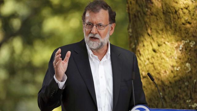 """""""Renunciem aos planos de rutura"""", pede Rajoy ao líder da Catalunha"""