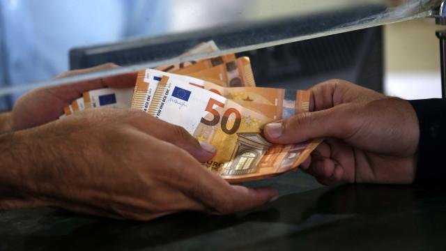 Governo propõe salário mínimo de 600 euros em 2019
