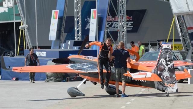 Red Bull Air Race arranca hoje no Porto com os treinos de qualificação