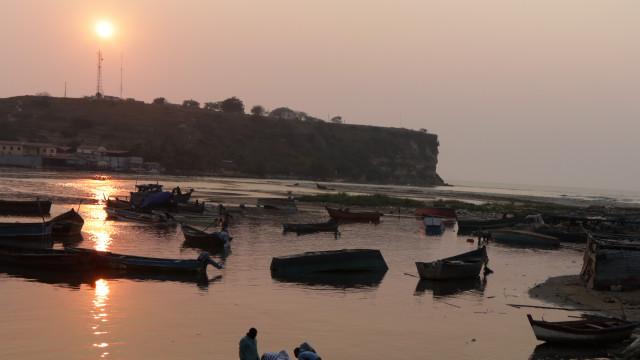 Seis pescadores angolanos desaparecidos regressam 21 dias depois