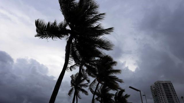 Estado de emergência na Florida, Porto Rico e Ilhas Virgens por furacão