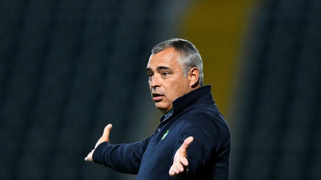 José Couceiro quer recuperar V. Setúbal com triunfo sobre o Boavista