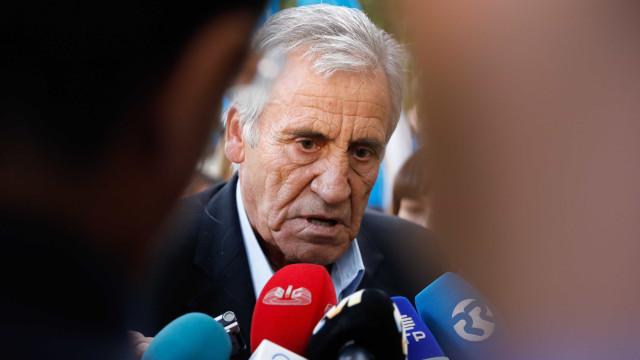 """Anúncio de Centeno sobre IRS é """"insuficiente"""" para Jerónimo de Sousa"""