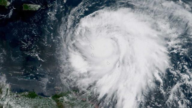 """'Maria' aumenta de categoria e pode ter consequências """"catastróficas"""""""