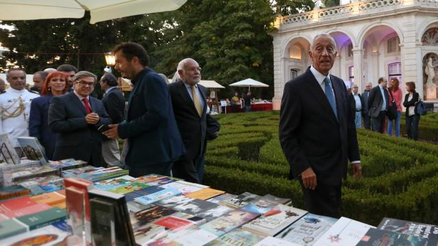 """Marcelo feliz com """"perto de 15 mil pessoas"""" em Belém para Festa do Livro"""
