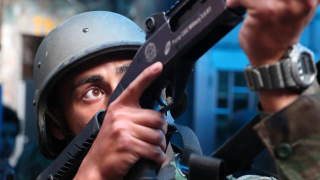 """Polícia do Rio considera que posse de armas em casa será """"um avanço"""""""