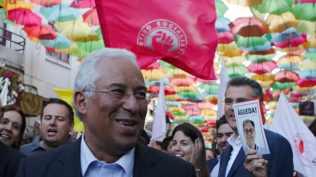 António Costa sublinha que ainda há 400 mil portugueses no desemprego