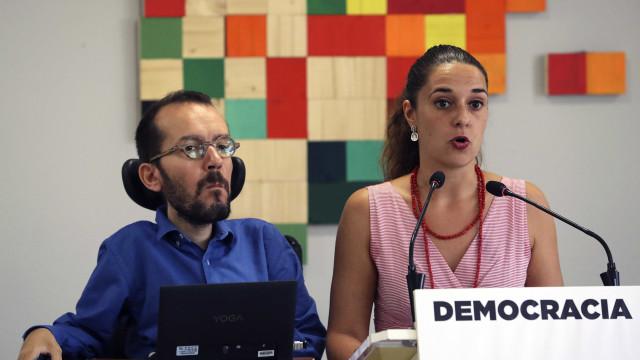 """Podemos """"em choque com suspensão da democracia"""" na Catalunha"""