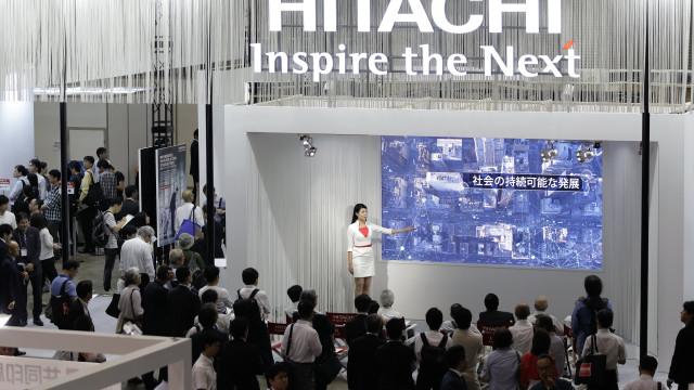 Hitachi suspende projeto de construção de reatores nucleares em Gales