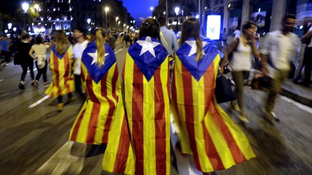Referendo já levou mais de 20 empresas a abandonar a Catalunha