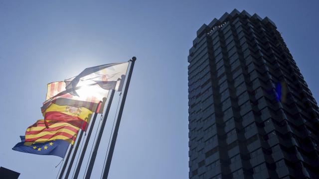 Aumenta número de catalães a abrir contas fora da Catalunha