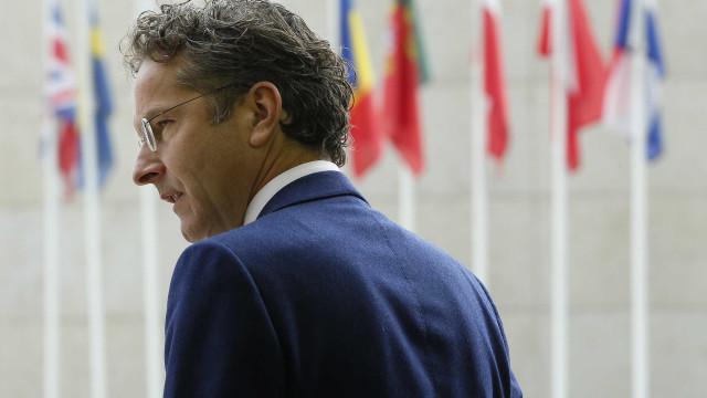 """""""Elogiamos Portugal pelas recentes melhorias no desempenho económico"""""""