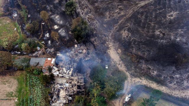 """Portugal regista mais de """"225 mil hectares de floresta ardida este ano"""""""