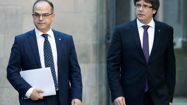 Defesa de dois dos ex-conselheiros de Puigdemont detidos pede libertação