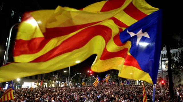 Quase 1.200 empresas retiraram a sede social da Catalunha