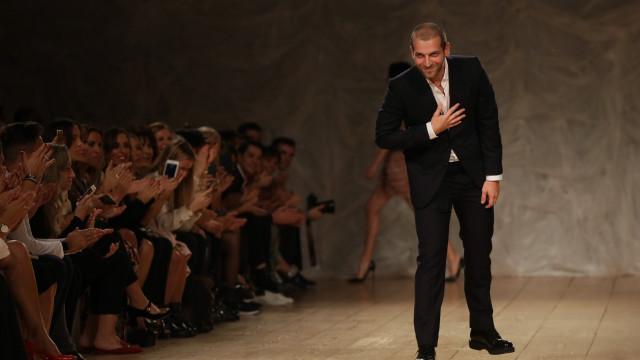 """Diogo Miranda encerra Portugal Fashion com """"decotes profundos"""""""