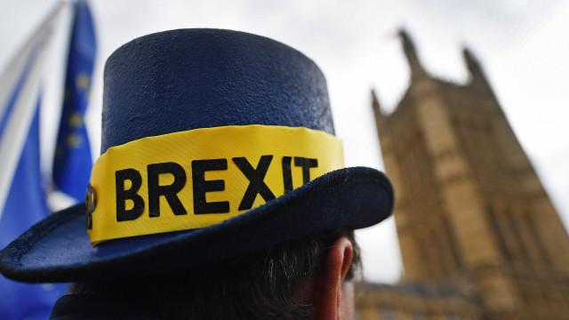 Londres contrata milhares para preparar saída da União Europeia