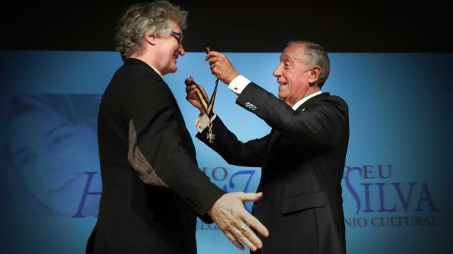 Marcelo condecora cineasta Wim Wenders como comendador da Ordem do Mérito