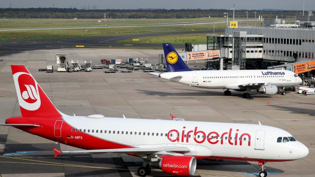 Air Berlin cessa operação e cancela todos os voos a partir de sábado