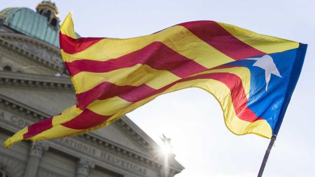 Madrid testa hoje se controla efetivamente Governo regional da Catalunha