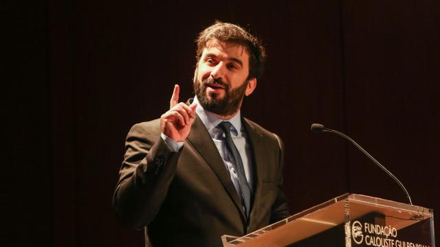 """Ministro promete diálogo """"com balizas claras"""" com os professores"""