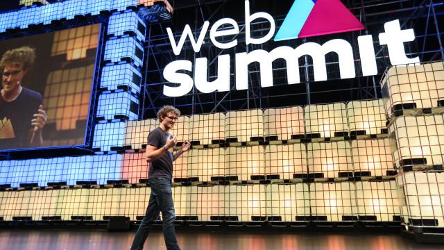 Web Summit: Cabo de fibra ótica dava para escalar oito vezes o Everest