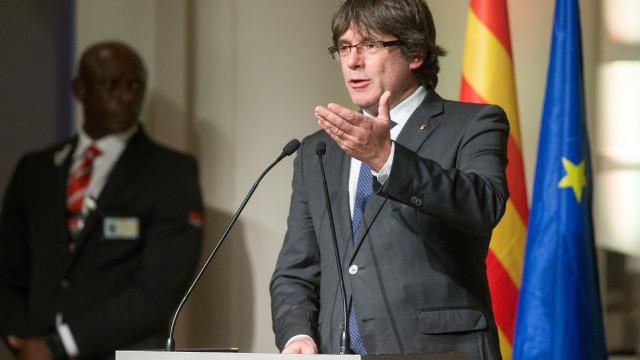 Primeira audiência a Puigdemont realiza-se hoje em Bruxelas