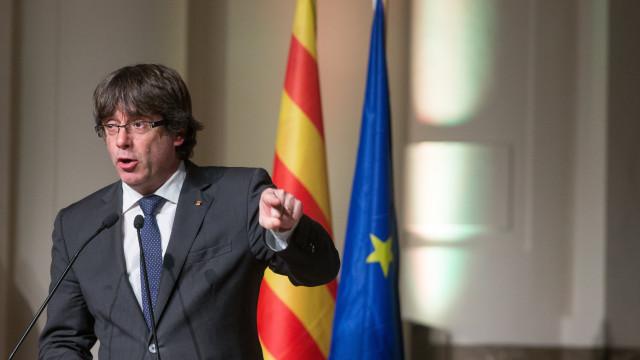 """A União Europeia vai """"continuar a ajudar Rajoy neste golpe de Estado""""?"""