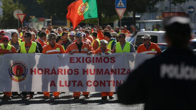 Sindicato satisfeito com greve, mas empresa avisa para consequências