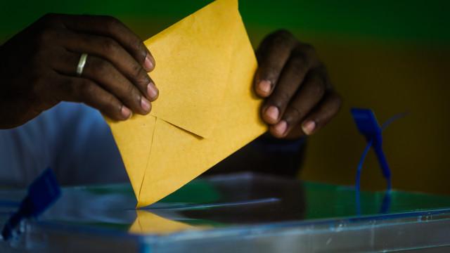 """Autárquicas em Moçambique dão """"sinal encorajador"""" para a paz, diz UE"""
