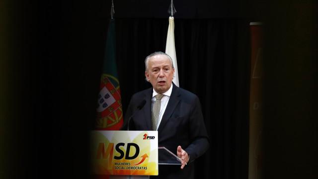 """Santana diz que PSD tem de ser alternativa a """"governação incoerente"""""""