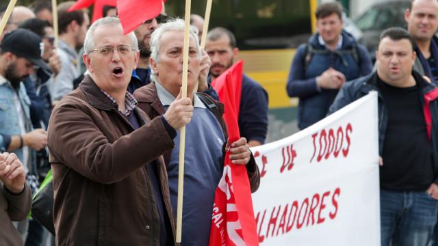 Trabalhadores da Efacec voltam à greve, empresa rejeita acusações