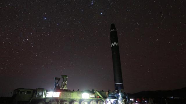 """Pyongyang adverte que bloqueio marítimo seria """"declaração de guerra"""""""