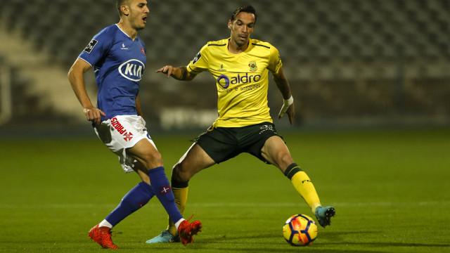 Belenenses e Paços empatam e somam quarto jogo sem vencer no campeonato