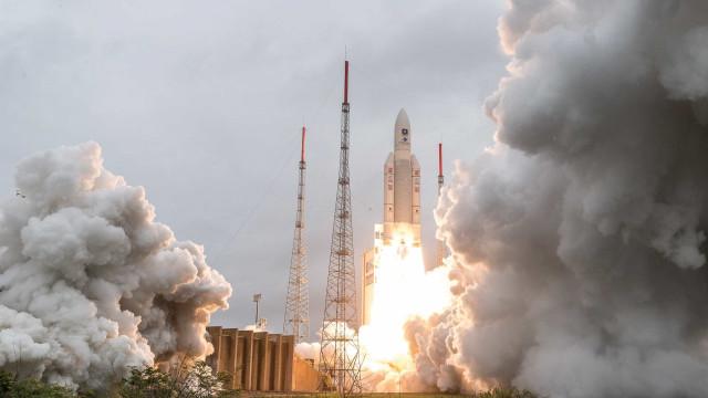 Satélite europeu de exploração de planetas extrassolares vai ser lançado