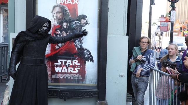 Novo episódio da 'Guerra das Estrelas' arrecada 187 milhões em três dias