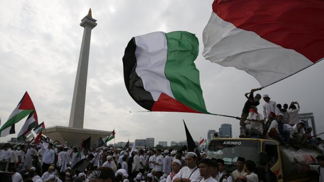 Jerusalém. Religiosos indonésios pedem boicote a produtos dos EUA