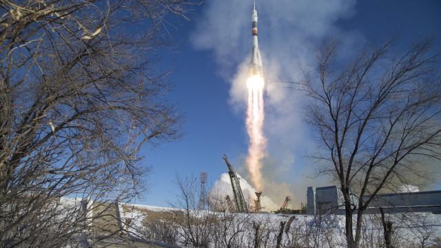Cargueiro espacial russo a caminho da Estação Espacial Internacional