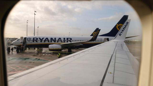 Quatro voos cancelados entre Portugal e Holanda devido a mau tempo