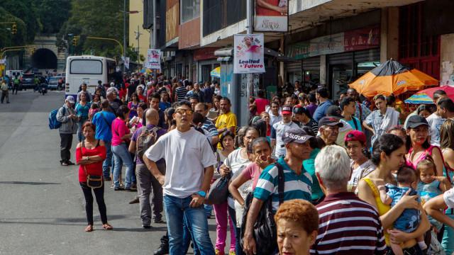 """Crise """"apagou o Natal"""" na Venezuela e já nem há luzinhas nas ruas"""