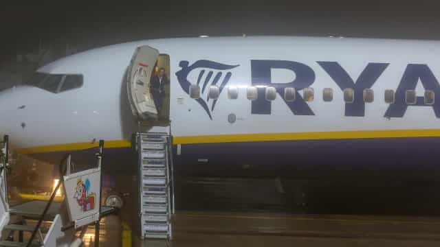 Ryanair cancela 146 voos em três países devido a greve de pilotos