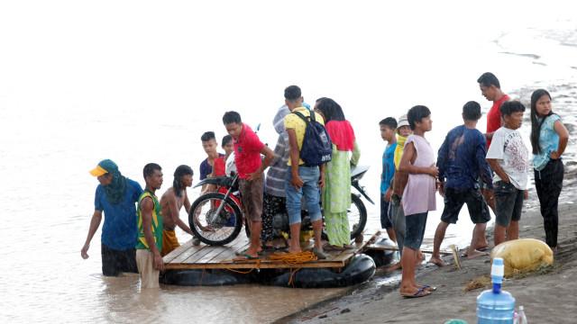 Sobe para 182 número de mortos causados por tempestade nas Filipinas
