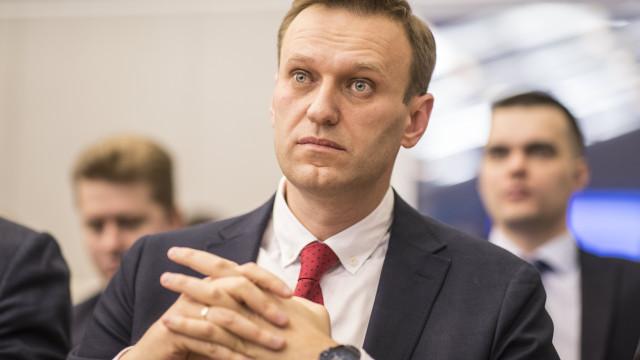 Polícia russa faz buscas na sede de campanha do líder da oposição