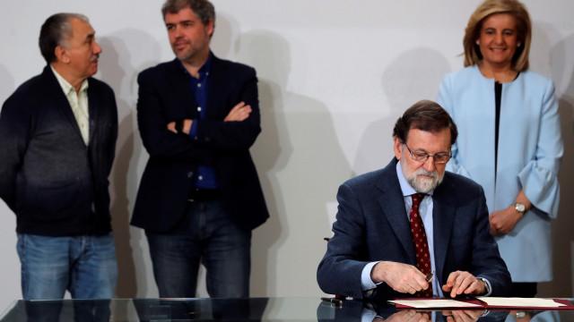 Espanha vai aumentar o salário mínimo para 850 euros em 2020