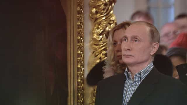 "Putin diz que Kim Jong-un é ""maduro"" e ""absolutamente competente"""