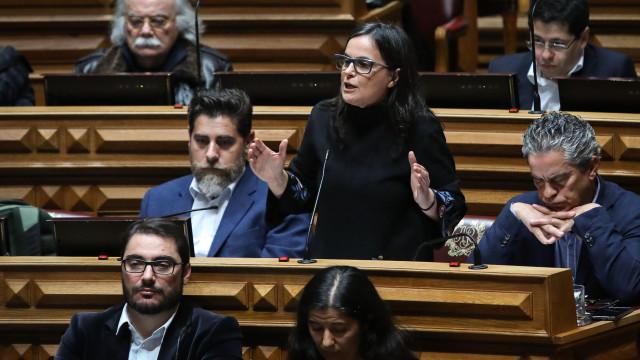 PCP chama ministro ao Parlamento sobre crianças com cancro no Porto