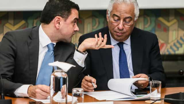 """Costa insiste em """"consenso nacional"""" para programa de infraestruturas"""